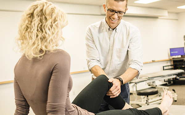 physical therapist in clinic